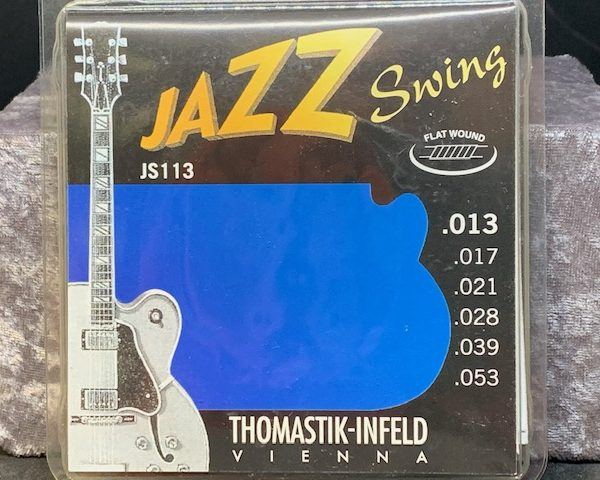 Thomastik-Infeld JS113 Jazz Swing Flat Wound 13-53