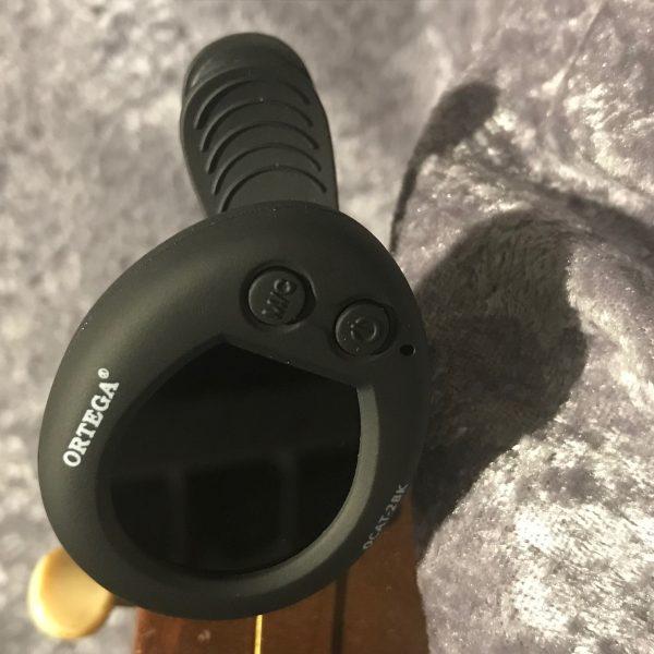 Ortega OCAT-2BK clip-on tuner/metronome